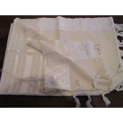 TALITH GADOL BLANC (TAILLE 55)
