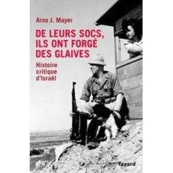 DE LEUR SOCS, ILS ONT FORGE DES GLAIVES